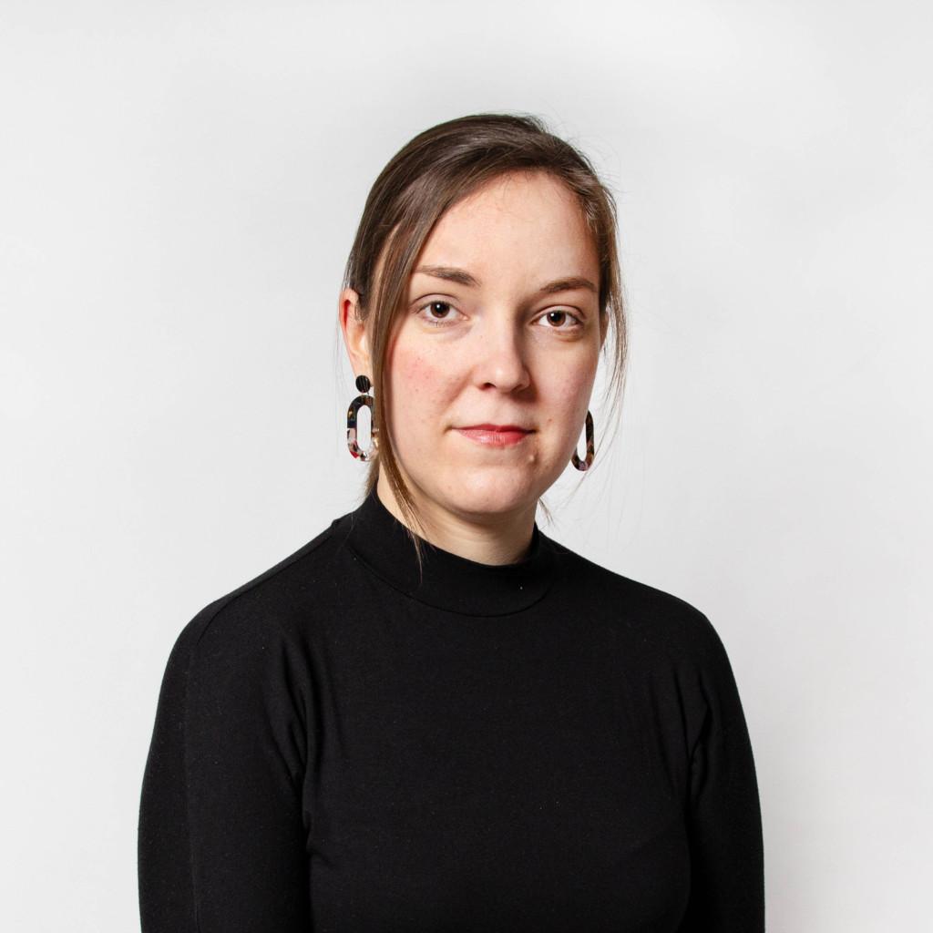 Portraetfoto Mary-Ann Schubert