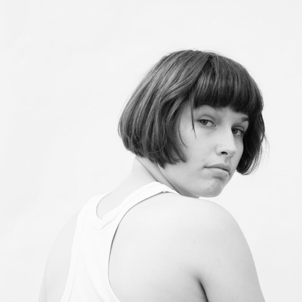 Portraitfoto Schauspielerin Hannah Grzimek